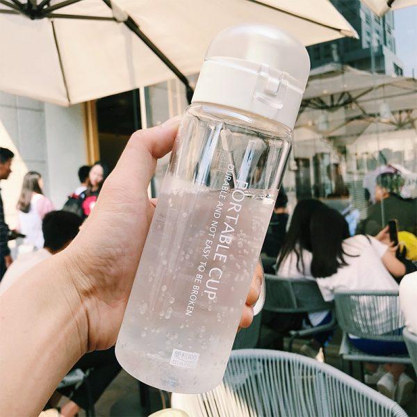 Botella de agua de 650ml de galones, botella para Gimnasio Deportivo, escuela, viajes al aire libre, botella de infusión de té portátil a prueba de fugas, botellas de bebida de plástico cu