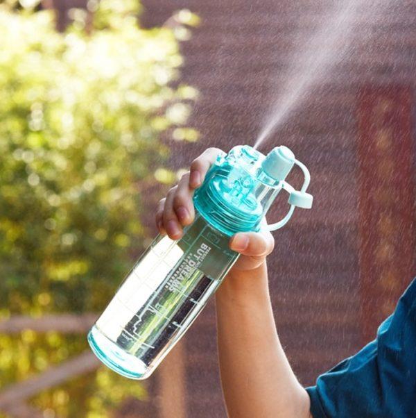 Gran oferta de 3 colores botella de agua deportiva pulverizadora portátil de plástico para bicicletas, coctelera para bicicletas My Water Bottles 400 ml/600 ml